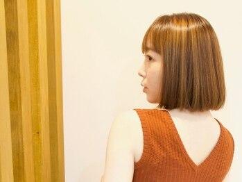 ハードゥ 麻布十番(HAMDD)の写真/イルミナカラーで美しく透明感のある髪色に。艶のある髪でお気に入りのカラーをより引き立てて。[麻布十番]