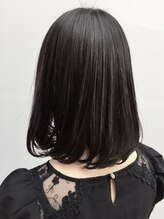 ローネス(LONESS)おしゃれヘア☆黒髪でも可愛いハイライトカラー