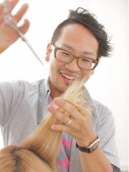 ヘアー アンアン(Hair AnAn)の写真/【駐車場あり】流行のスタイルもOK!!経験豊富な実力派スタイリストのカット技術で変身★
