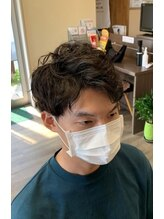 アジト オブ ヘア(Ajito of hair)アップバングスパイラルマッシュ