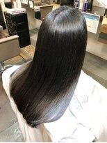 ナナナパレナ 梅田店(nanana parena)髪質改善専門サロンの縮毛矯正で圧巻の艶髪ストレート