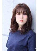 アメリ 二子玉川(Ameri)トレンド感を入れた落ち着いたカールセミディー☆