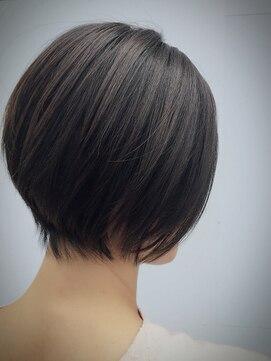 クブヘアー(kubu hair)《Kubuhair》美ラインショートボブ