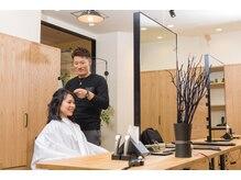 ファス アトレ 川崎店(FaSS)の雰囲気(仕上げはアイロンやコテ、整髪料を使ったスタイリングをします。)