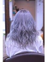 ヘアデザイン ヴォワール(hair & design voir)外国人風☆ホワイトグレー