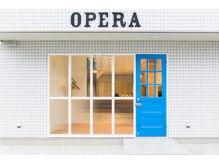オペラ(OPERA by BALLET HAIR)の雰囲気(青い扉が目印です!!)