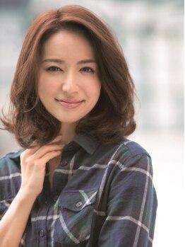 ベスト オブ ヘア ミヤ 新さっぽろ店(best of hair MIYA)の写真/小まめに通わなきゃならない白髪染めだからこそ、艶感たっぷりのしっとりカラーで素敵にイメチェン!
