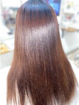 ラヴィヘアスペース(La Vie hair space)の写真/キレイな髪へ導く縮毛矯正《美髪トリートメント付き》!様々な薬剤を駆使して髪に負担少なく艶髪を実現☆
