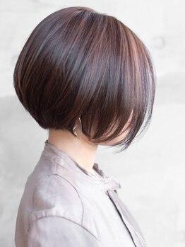 ランプ(Lamp)の写真/実力派スタイリストのそれぞれが持つデザイン力・cut技術・髪のことを思った施術で貴女を輝かせます☆