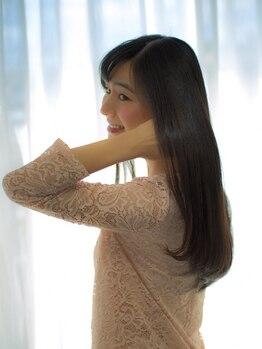 イル(ile)の写真/ダメージレス縮毛矯正で、美シルエットを実現◎手触りも抜群!思わず触れたくなるような憧れの美髪に♪