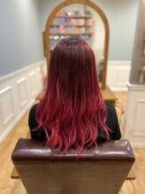 ビューティースペースラルジュヘアー(Beauty Space Large hair)ピンクグラデーション