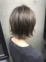 ヘアーティズム ナラマチ(hair-TISM Naramachi)外国人風、外ハネ、ボブ