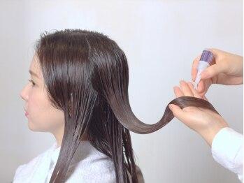 サエラクワトロの写真/カラー、パーマの繰り返しでダメージを受けている髪…トリートメントでケア!すこやかな美髪へ☆