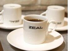 ジールヘアー(ZEAL HAIR)の雰囲気(Cafe空間でのrelax time..coffeeも厳選して丁寧にお入れします,,)