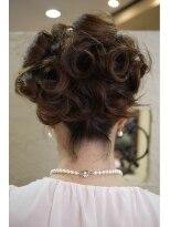 キーナ(Organic Hair KI-NA)飾りの使い方がポイント!編み込みヘアセット