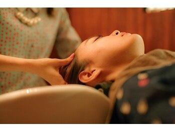 ガレリア サローネ(GALLARIA Salone by ORIGIN'S)の写真/極上のリラクゼーションを‥‥贅沢個室でアロマの香りと癒しのマッサージをご堪能ください。