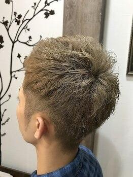 """ウェイポイントヘア(WAYPOINT HAIR)の写真/施術後の""""スタイリング/アレンジ""""までしっかりレクチャー◎ON/OFFどちらもキマるスタイルに仕上がる◇"""