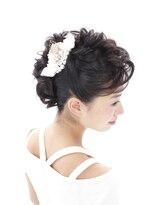 ヘアセットアンドメイクアップ シュシュ(Hair set&Make up chouchou)モヒカン