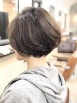 エトネ ヘアーサロン 仙台駅前(eTONe hair salon)30代、40代にオススメ!ふんわり×くびれショート×ベージュ