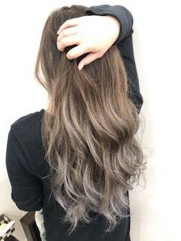 アジアン北谷店(Asian Hair&Nail salon)の写真/今人気のグレージュカラーに+3Dカラーで流行りを先どり♪オシャレ度UP!女子力UP!