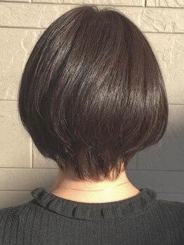 アチーブクロップ(Achieve CROP)の写真/魔法のバブルを施すカラーは、白髪染めとは思えない仕上がりと艶やかな印象で大人女性も大満足◎