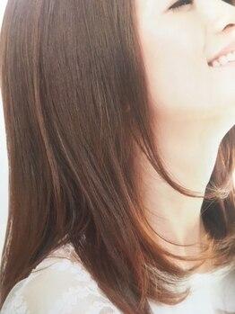 ヘアリゾート アンド スウェル(Hair Resort &SWELL)の写真/イタリアのオーガニックカラーでの施術も可。植物由来成分92%で、繰り返しても続く艶やかな髪に♪