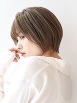 【LIPPS銀座】(安田愛佳)丸みくびれハイトーンショートボブ