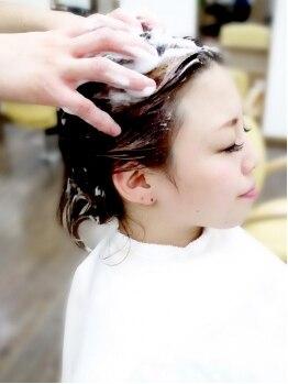 フェアレディ 仙川店(FAIR LADY)の写真/心まで解ける癒しのオーガニックヘッドスパ★頭皮・地肌の汚れもオフ!髪本来の輝きへと導く至福の時間♪