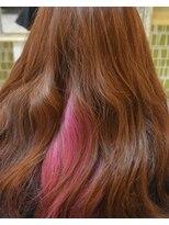 流行のインナーカラー ピンク