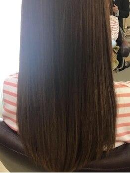 シャイニング クリエイティブビューティーサルーン ベルシャトー瑞穂(SHINING)の写真/髪質や状態に合わせて施術☆一人一人に合ったヘアケアをすることで、潤いたっぷりのツヤのある髪へ導く♪