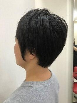 ニフティ(Nifty)の写真/家に帰ってもスタイリングしやすい◎1人1人の個性を大切にクセや髪質に合わせたスタイルを提案してくれる。