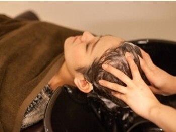 ジリ(JILI)の写真/【20時半まで営業】仕事終わりにもオススメ◎ヴィラロドラのオーガニックスパで頭皮も心も健康的に…♪