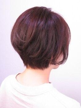 ヘアーサロン シュクル(hair salon sucru)の写真/伸びてもまとまるスタイルでもちの良さが◎オーナーの親身なおもてなしでファミリーでのリピーター様多数!