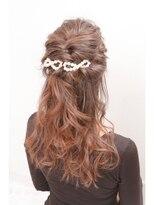 ヘアセットアンドメイクアップ シュシュ(Hair set&Make up chouchou)ゆるふわハーフアップ