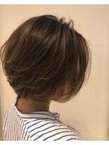 ヘアーリゾートラシックアールプラス(hair resort lachiq R+)《R+》バレイヤージュ☆前下がりショート