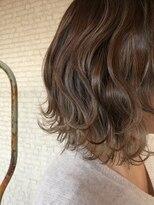 ヘアアンドビューティー クローバー(Hair&Beauty Clover)ハイライトグレージュ
