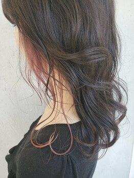 エイチエムヘアー千葉店(HM hair)の写真/《Wカラー外国人風ブリーチ&フルカラーコース¥8000》髪に優しく、毛先まで栄養たっぷりのツヤ髪に♪