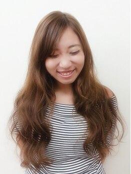 アオタニ ヘア 東向日店(aotani hair)の写真/お手頃だから思い切ったイメチェンもOK!根元・毛先で薬剤を使い分け、最小限のダメージで鮮やかカラー◎