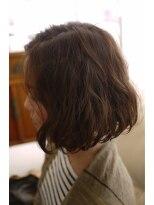 キーナ(Organic Hair KI-NA)ゆるフワ☆アシメなガーリーボブ