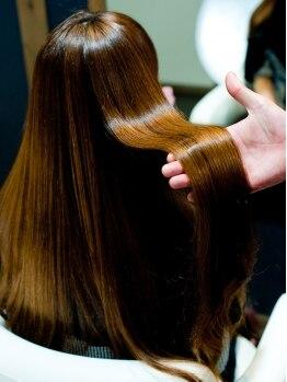"""髪の修復専門店マルの写真/誰からも褒められる""""上品なツヤ髪""""を叶える☆繰り返すほどに、どんどん綺麗になっていく―。"""