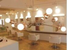 ロコピカロ ミュゼ(LOCOPICARO MUSSE)の雰囲気(温かいライトが空間を照らしてくれるー…。)