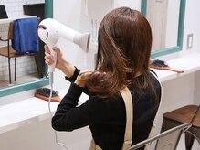 ラズ 美容室(Laz)の雰囲気(セルフブロ-◎ヘアビュ-ザ-やヘアオイルを使用しご支度頂けます)
