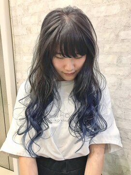 ホワイト 梅田(white)グラデーションブルー