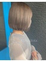 ヘアアンドビューティー クローバー(Hair&Beauty Clover)アッシュベージュ
