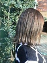 ロッシュ ヘアーデザイン(Roche Hair Design)切りっぱなしボブ