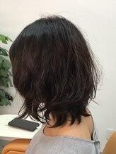 カプセルヘアーサロン(CAPSELL Hair Salon)ミディアムパーマ