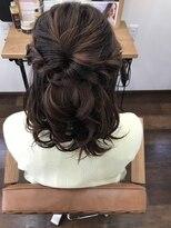 ヘアー チクタク(Hair Ciku-taku)ハーフアップ