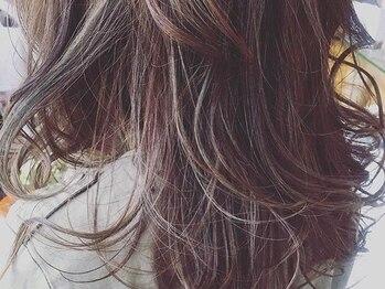キキ(kiki)の写真/【カット+コラ白髪染め全体カラー+ティアラトリートメント+ブロー¥6994】髪に優しいオーガニックカラー!