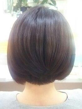 エリアデュクス(AREADEUX)の写真/アナタの為のonly oneサロン。クセ、毛流れなど髪の状態に合わせたカットで、理想のスタイルをお届け!