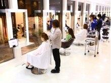 フィエスタ ヘアーデザイン 玉戸店(FIESTA Hair Design)の雰囲気(施術スペース)